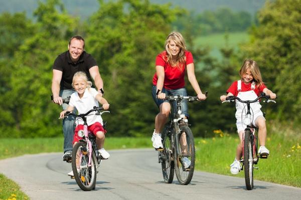 Семейная велопрогулка с магазином